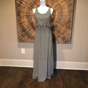 Honey Punch Racerback Chevron Maxi Dress Sz Small